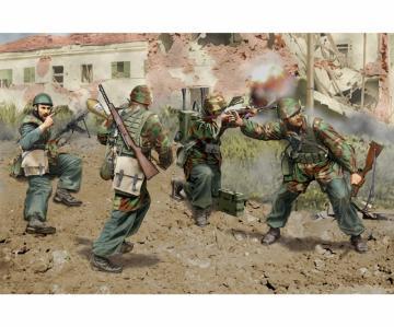 Italian Paratroopers Anzio 1944 · DR 6741 ·  Dragon · 1:35