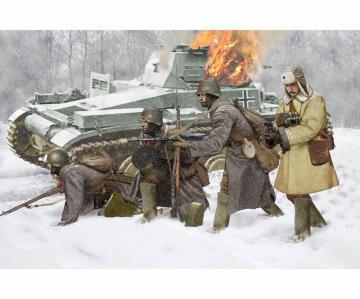 Soviet Infantry Winter 1941 · DR 6744 ·  Dragon · 1:35