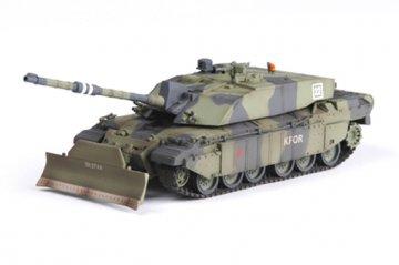 Brit. Challenger II In Action Kosovo 1999 · EZM 35011 ·  Easy Model · 1:72