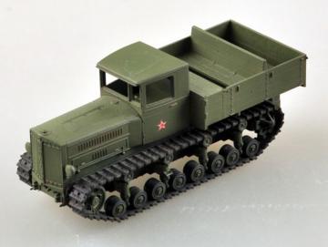 Soviet Komintern Artillery Tractor · EZM 35118 ·  Easy Model · 1:72