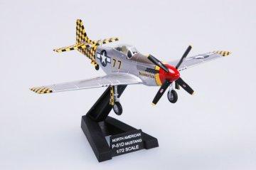 P51D ´Mustang´ IV 319FS 325FG Italy 1945 · EZM 36303 ·  Easy Model · 1:72
