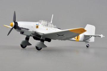 Junkers Ju 87 D-3 9./StG.77 1943 · EZM 36387 ·  Easy Model · 1:72