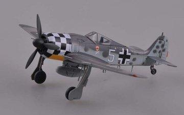 Focke-Wulf Fw 190 A-6 ,white 5,Uffz Rudolf Hubl.I./ JG1,July 1943 · EZM 36401 ·  Easy Model · 1:72
