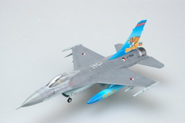 F-16A  J-004 NTAF´´TIGER MEET´´ · EZM 37126 ·  Easy Model · 1:72