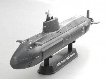 HMS Astute · EZM 37502 ·  Easy Model · 1:350