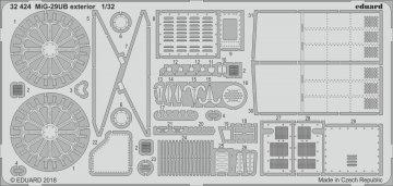 Russian MIG-29UB Fulcrum - Exterior [Trumpeter] · EDU 32424 ·  Eduard · 1:32