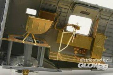 B-24J rear - Interior [Revell] · EDU 48621 ·  Eduard · 1:48
