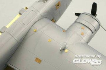 B-24 - Surface panels [Revell] · EDU 48647 ·  Eduard · 1:48