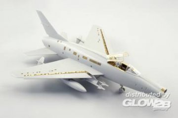 F-100D - Exterior [Trumpeter] · EDU 48660 ·  Eduard · 1:48