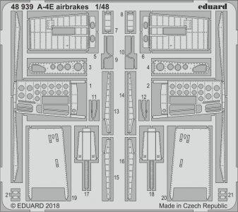A-4E Sky Hawk - Airbrakes [HobbyBoss] · EDU 48939 ·  Eduard · 1:48