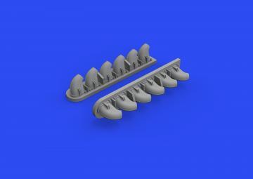 P-40E War Hawk - Exhaust stacks [Trumpeter] · EDU 632161 ·  Eduard · 1:32