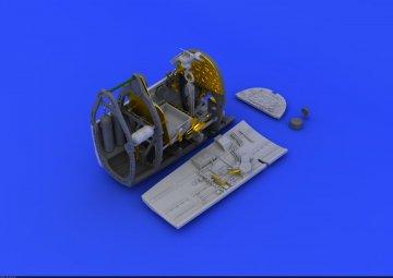 Spitfire Mk.VIII - Cockpit [Eduard] · EDU 648199 ·  Eduard · 1:48
