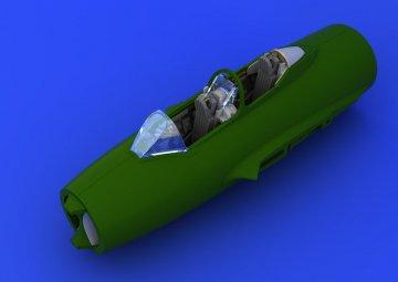 UTI MiG-15 - Cockpit [Eduard] · EDU 672077 ·  Eduard · 1:72