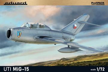 UTI MiG-15 · EDU 7055 ·  Eduard · 1:72