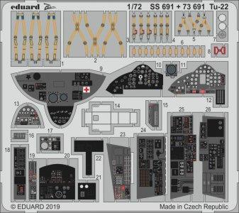 Tu-22 [Trumpeter] · EDU SS691 ·  Eduard · 1:72