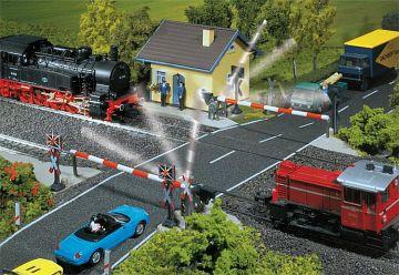 Beschrankter Bahnübergang · FAL 120171 ·  Faller · H0