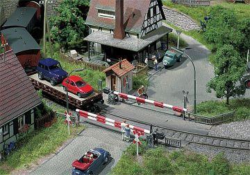 Beschrankter Bahnübergang · FAL 120172 ·  Faller · H0