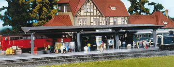 Bahnsteig mit laufenden Figuren · FAL 120200 ·  Faller · H0