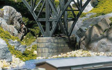 Betonbrückenpfeiler · FAL 120538 ·  Faller · H0