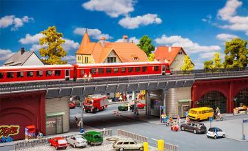 S-Bahn-Stadtbrücke · FAL 120581 ·  Faller · H0