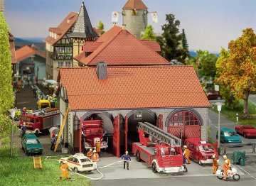 Feuerwehrgerätehaus · FAL 130162 ·  Faller · H0