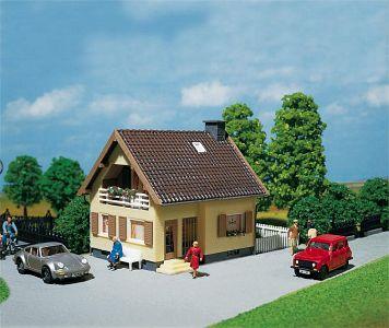 Einfamilienhaus · FAL 130205 ·  Faller · H0