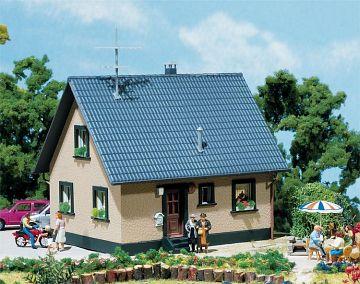 Einfamilienhaus · FAL 130223 ·  Faller · H0