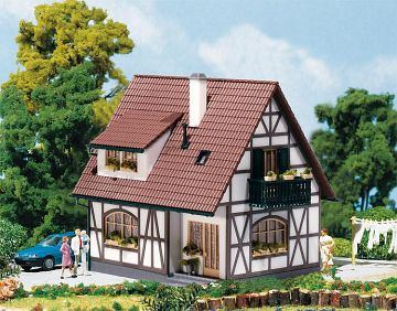Einfamilienhaus · FAL 130257 ·  Faller · H0