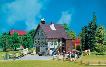 Haus mit Storchennest · FAL 130280 ·  Faller · H0