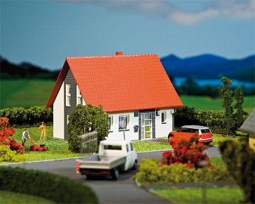 Einfamilienhaus, grau · FAL 130316 ·  Faller · H0