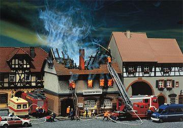 Brandruine Gasthaus Zur Sonne · FAL 130429 ·  Faller · H0
