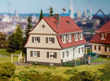 Siedlungs-Doppelhaus · FAL 130463 ·  Faller · H0