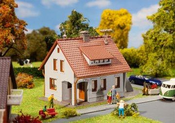 Einfamilienhaus · FAL 131364 ·  Faller · H0