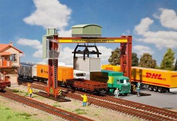 Containerbrückenkran · FAL 131368 ·  Faller · H0