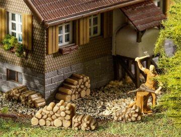6 Kleine Brennholzstapel · FAL 180940 ·  Faller · H0