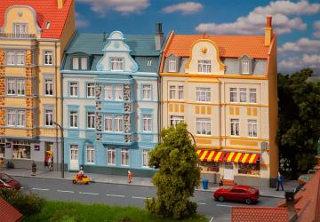 2 Stadt-Reliefhäuser, 3-stöckig · FAL 191757 ·  Faller · H0