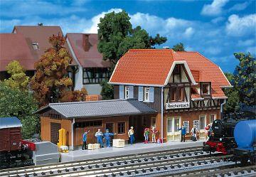 Bahnhof Reichenbach · FAL 212104 ·  Faller · N
