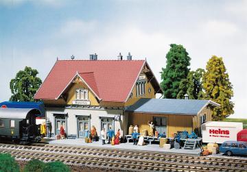 Kleinstation Blumenfeld · FAL 231710 ·  Faller · N