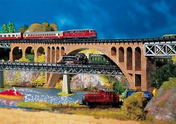 Steinbogenbrücke · FAL 282924 ·  Faller · Z