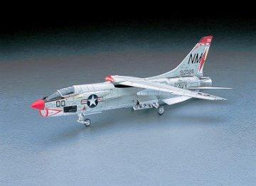 F8E Crusader · HG 607225 ·  Hasegawa · 1:48