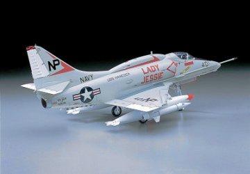 A-4E/F Skyhawk US · HG 608063 ·  Hasegawa · 1:32