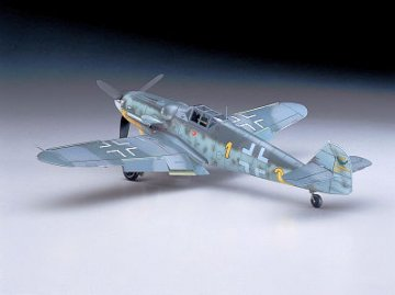 Messerschmitt Bf 109 G-6 (E. Hartmann/G. Barkhorn) · HG 608067 ·  Hasegawa · 1:32