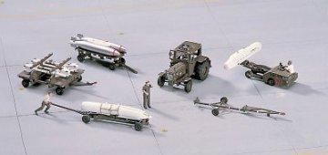 Aircraft Weapon Loading Set · HG 635005 ·  Hasegawa · 1:72