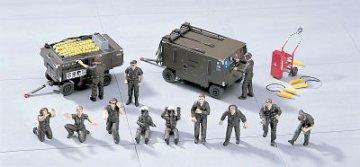 U.S. Ground Crew Set A · HG 636004 ·  Hasegawa · 1:48