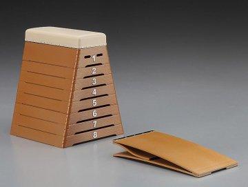 School Vaulting Box · HG 662006 ·  Hasegawa · 1:12