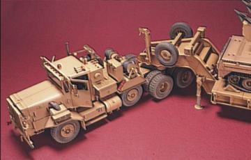 M911 8x6 25-Ton Heavy Equipment Transp. · HF 005 ·  Hobby Fan · 1:35