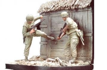 U.S. Marines Battel of Hue 1968(1)w/base · HF 508 ·  Hobby Fan · 1:35