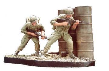 U.S. Marines Battle of Hue 1968(3) w /B · HF 510 ·  Hobby Fan · 1:35
