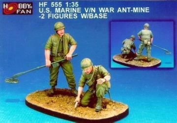 U.S. Marine V/N War Ant-Mine-2Fig.w/Base · HF 555 ·  Hobby Fan · 1:35