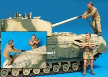 Brit. Churchill Tank Crew (III)Ala./2Fig · HF 587 ·  Hobby Fan · 1:35
